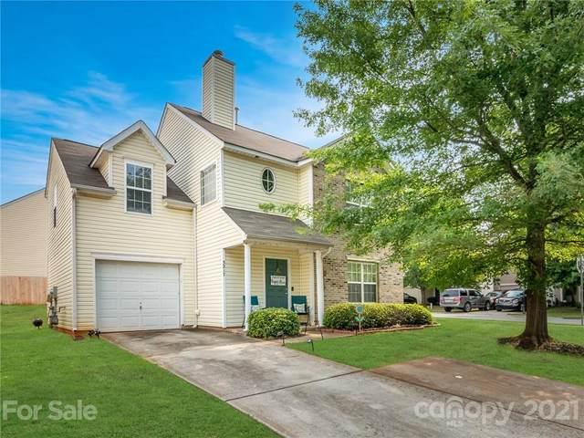 3217 Reid Brook Lane, Charlotte, NC 28208 (#3761714) :: Home and Key Realty
