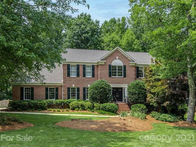 1400 Reverdy Oaks Drive, Matthews, NC 28105 (#3761966) :: Homes with Keeley   RE/MAX Executive