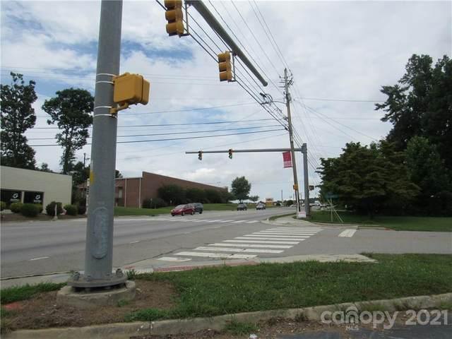 3008 Hendersonville Road, Fletcher, NC 28732 (#3761987) :: Stephen Cooley Real Estate Group