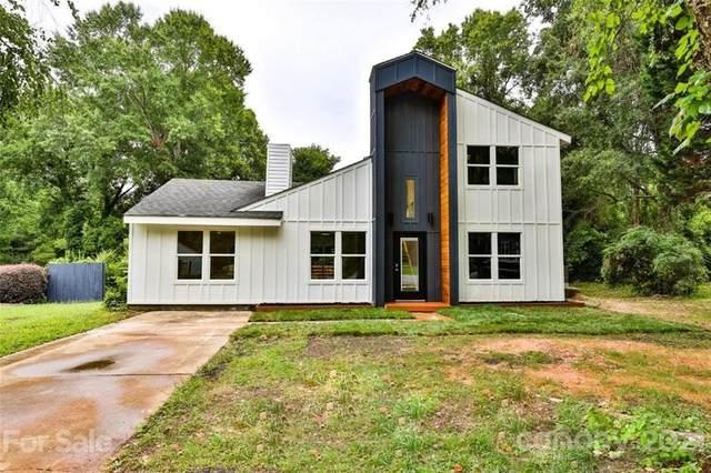 6824 Cortez Trail, Charlotte, NC 28227 (#3762176) :: MartinGroup Properties