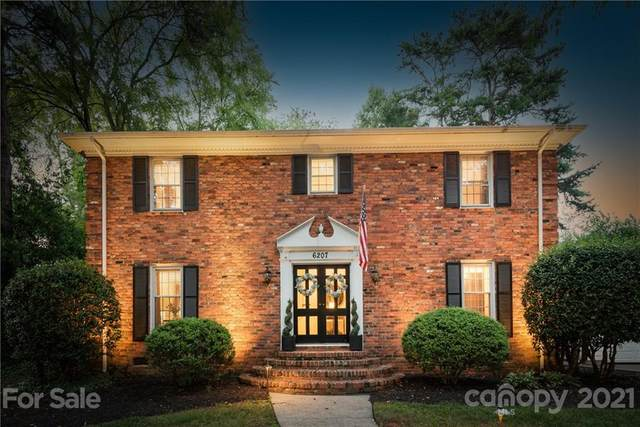 6207 Rocky Falls Road, Charlotte, NC 28211 (#3762177) :: Home and Key Realty