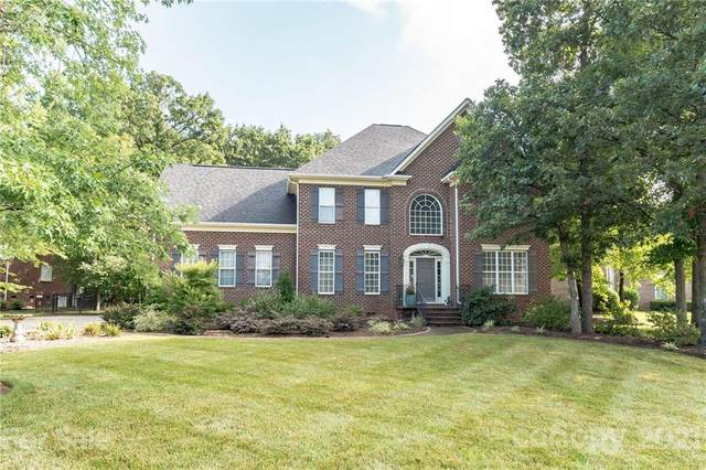 2121 Flagstick Drive, Matthews, NC 28104 (#3762626) :: Homes with Keeley   RE/MAX Executive