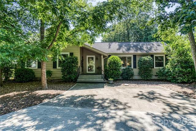23055 Point Clear Drive #5, Tega Cay, SC 29708 (#3762922) :: Lake Wylie Realty