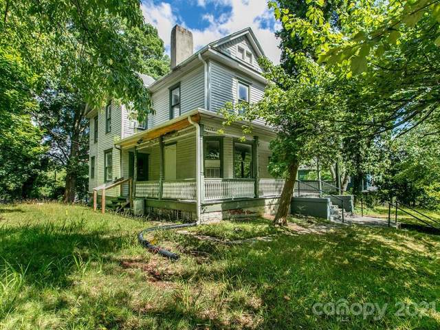 382 S French Broad Avenue, Asheville, NC 28801 (#3763359) :: BluAxis Realty