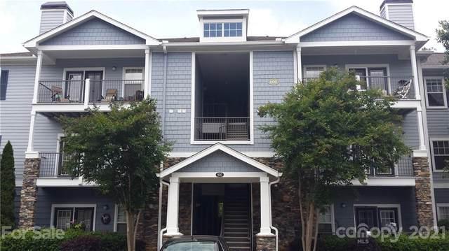 600 Vista Lake Drive #104, Candler, NC 28715 (#3763580) :: Keller Williams Professionals