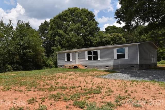 2284 Deerfield Drive, Maiden, NC 28650 (#3764273) :: Scarlett Property Group