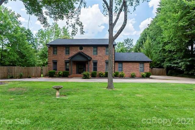 4015 Five Oaks Court, Mint Hill, NC 28227 (#3764452) :: Keller Williams South Park