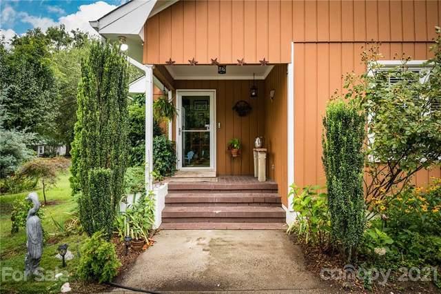 10900 Flat Iron Road, Charlotte, NC 28226 (#3764486) :: LePage Johnson Realty Group, LLC
