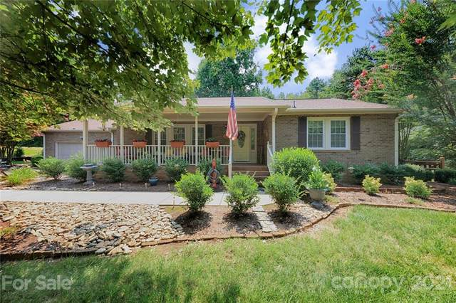 111 Midway Lake Road, Mooresville, NC 28115 (#3764545) :: Rowena Patton's All-Star Powerhouse