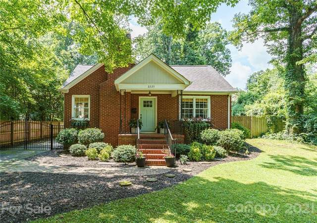 2225 Winter Street, Charlotte, NC 28205 (#3764753) :: Homes Charlotte