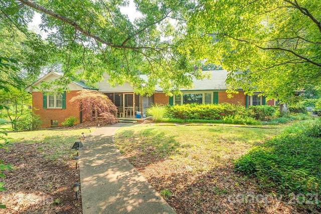 2 Clarendon Road, Asheville, NC 28806 (#3764946) :: Willow Oak, REALTORS®