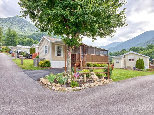 4 Levi Drive #12, Maggie Valley, NC 28751 (#3765291) :: The Ordan Reider Group at Allen Tate