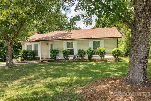 8538 Glenway Court, Charlotte, NC 28226 (#3765345) :: BluAxis Realty