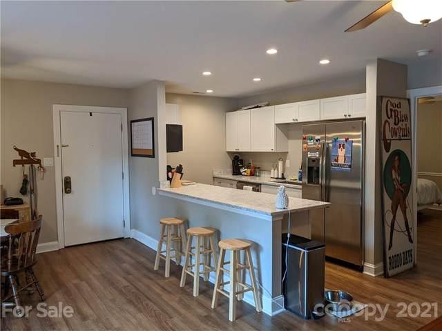 4160 Charlotte Highway E, Lake Wylie, SC 29710 (#3765516) :: Homes Charlotte