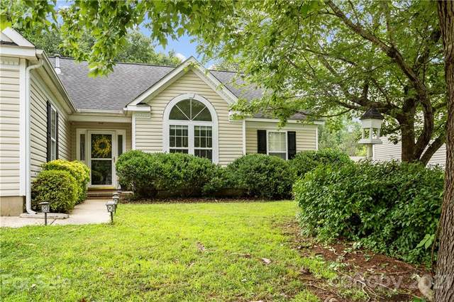 1706 Colin Creek Lane, Charlotte, NC 28214 (#3765668) :: LePage Johnson Realty Group, LLC