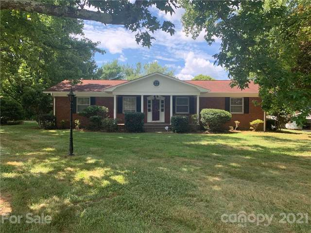 547 29th Avenue Drive NW, Hickory, NC 28601 (MLS #3765778) :: RE/MAX Impact Realty