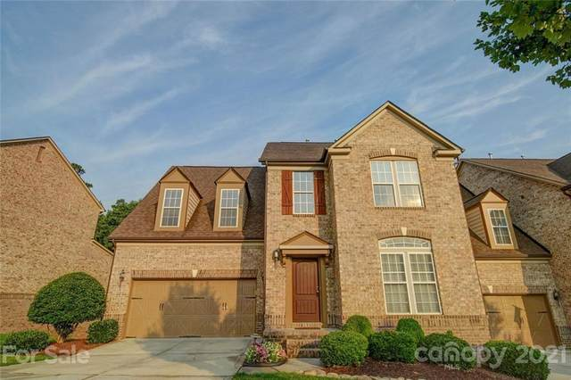 2246 Donnington Lane, Concord, NC 28027 (#3765803) :: Lake Wylie Realty