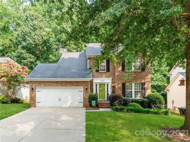 13322 Sloe Way, Huntersville, NC 28078 (#3765920) :: MartinGroup Properties