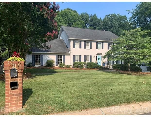 5113 Winding Brook Road, Charlotte, NC 28226 (#3766139) :: LePage Johnson Realty Group, LLC
