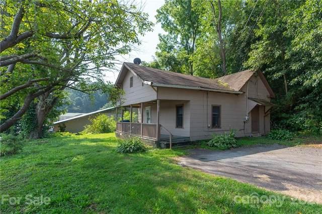 8063 Carolina Boulevard, Clyde, NC 28721 (#3766420) :: Homes Charlotte