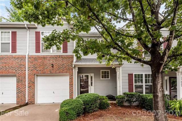 17021 Commons Creek Drive, Charlotte, NC 28277 (#3766842) :: Willow Oak, REALTORS®