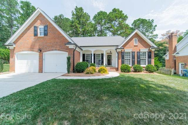 4908 Hickory Lake Lane, Matthews, NC 28105 (#3766854) :: Homes with Keeley   RE/MAX Executive