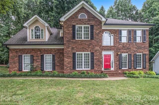 15324 Rush Lake Lane, Huntersville, NC 28078 (#3766891) :: Exit Realty Elite Properties