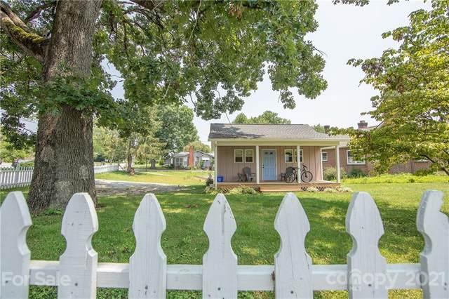 606 Ray Avenue, Hendersonville, NC 28792 (#3767035) :: Keller Williams Realty Lake Norman Cornelius