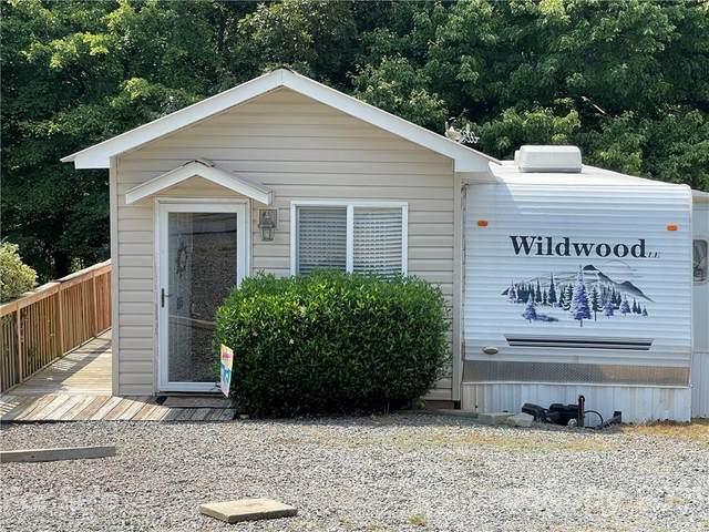 106 Sailboat Drive, New London, NC 28127 (#3767274) :: Home and Key Realty