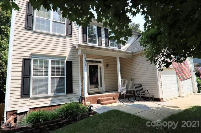 6501 Harburn Forest Drive, Charlotte, NC 28269 (#3767510) :: Bigach2Follow with Keller Williams Realty