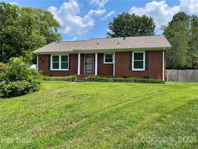 7113 Sterncrest Place, Charlotte, NC 28210 (#3767550) :: Carlyle Properties