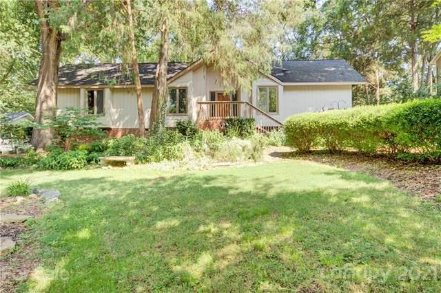 2600 Innsbrook Road, Charlotte, NC 28226 (#3768305) :: Carver Pressley, REALTORS®