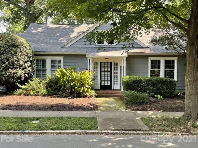 2211 Vail Avenue, Charlotte, NC 28207 (#3768391) :: Carver Pressley, REALTORS®