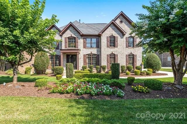 1027 Woodhall Drive, Huntersville, NC 28078 (#3769042) :: Caulder Realty and Land Co.