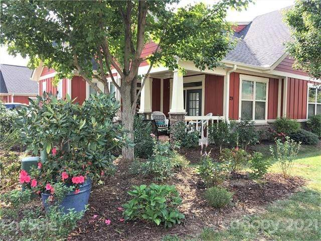 29 Brookstone Place, Candler, NC 28715 (#3769197) :: Mossy Oak Properties Land and Luxury