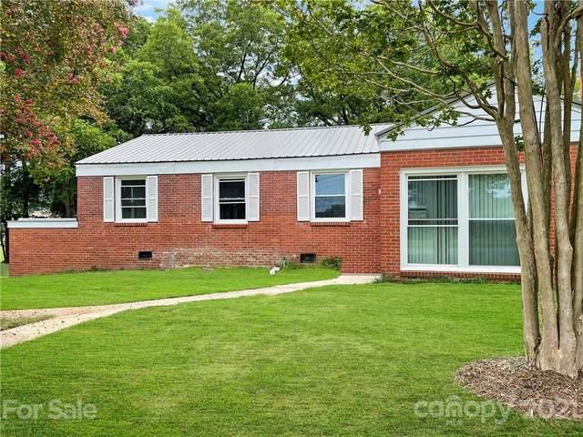 20608 Cornelius Street, Cornelius, NC 28031 (#3769693) :: Carolina Real Estate Experts