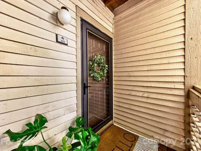 18809 Nautical Drive, Cornelius, NC 28031 (#3769771) :: High Performance Real Estate Advisors