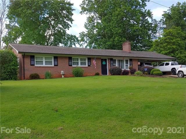 422 Northwood Hills Road, North Wilkesboro, NC 28659 (#3770280) :: Home and Key Realty