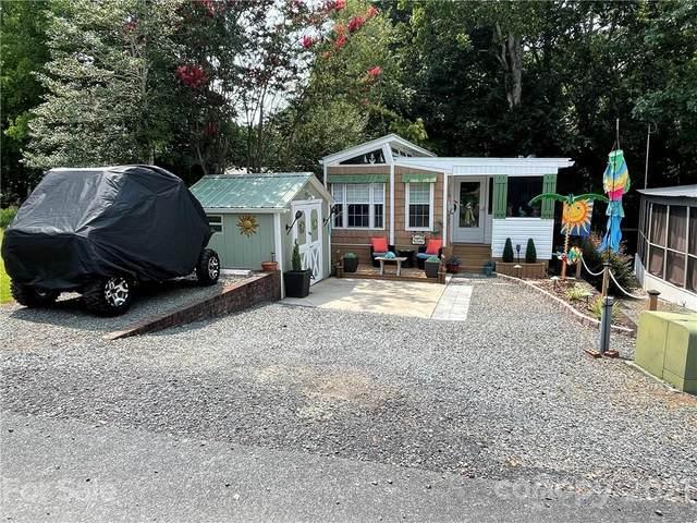 118 Walnut Circle, New London, NC 28127 (#3770599) :: Home and Key Realty