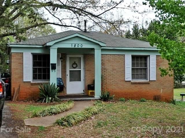 1800 Maribel Avenue, Charlotte, NC 28216 (#3770679) :: Mossy Oak Properties Land and Luxury