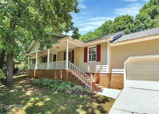 6616 Kirkstall Court, Charlotte, NC 28226 (#3771262) :: Robert Greene Real Estate, Inc.