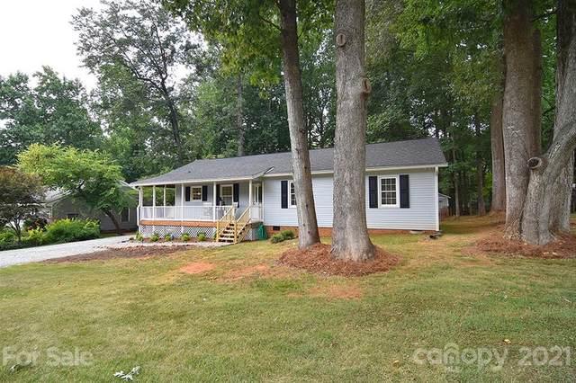 15420 Walnut Cove Drive, Mint Hill, NC 28227 (#3771475) :: Carver Pressley, REALTORS®