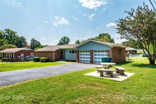 907 15th Street NW, Conover, NC 28613 (#3772140) :: BluAxis Realty