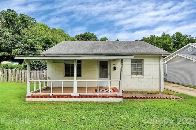 830 Reliance Street, Charlotte, NC 28208 (#3772507) :: Homes Charlotte