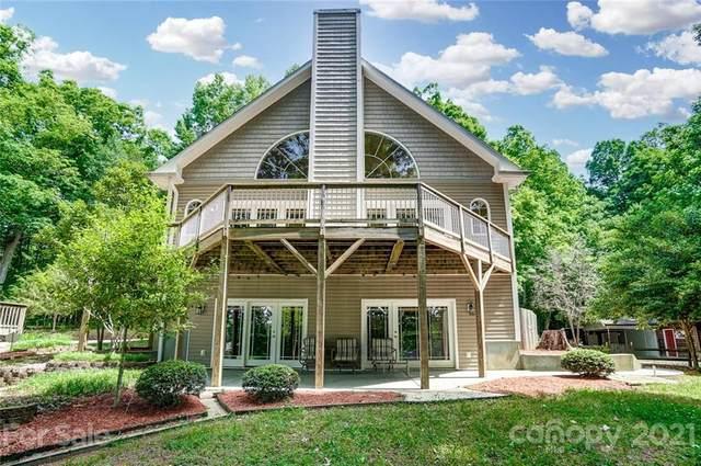 6747 Timahoe Lane, Charlotte, NC 28278 (#3773306) :: Homes Charlotte