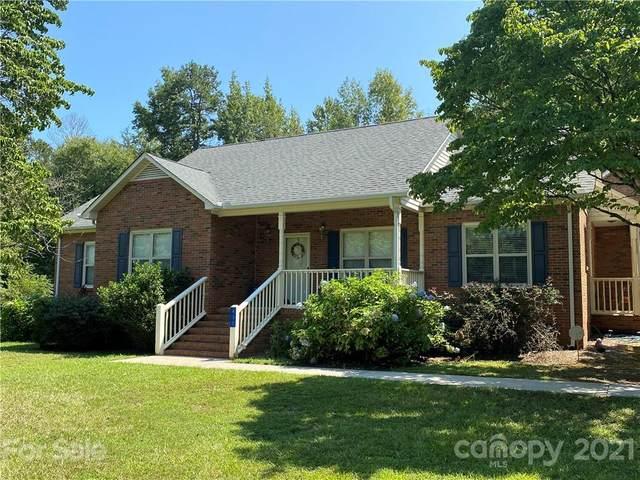 430 Three Oaks Lane, Lancaster, SC 29720 (#3773316) :: MOVE Asheville Realty