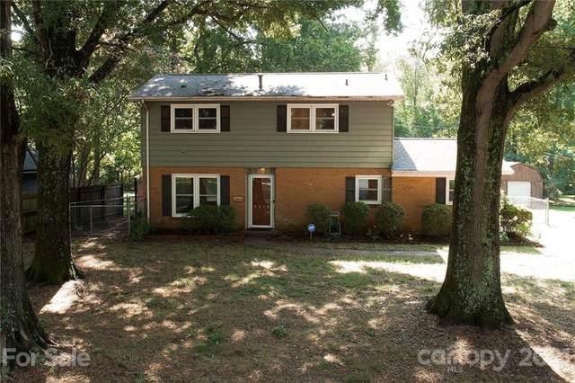 6248 Covecreek Drive, Charlotte, NC 28215 (#3773454) :: Carver Pressley, REALTORS®