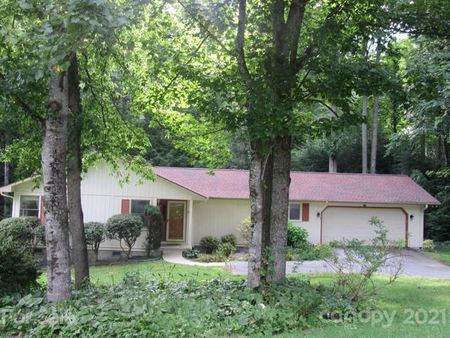 566 Rambling Drive, Hendersonville, NC 28739 (#3773622) :: Caulder Realty and Land Co.