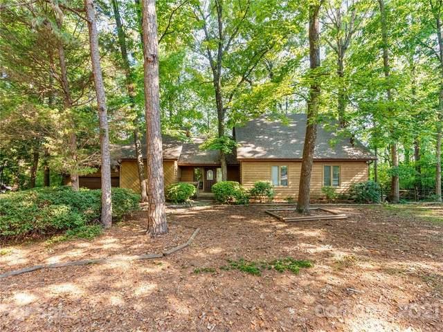 57 Honeysuckle Woods, Lake Wylie, SC 29710 (#3773807) :: Robert Greene Real Estate, Inc.