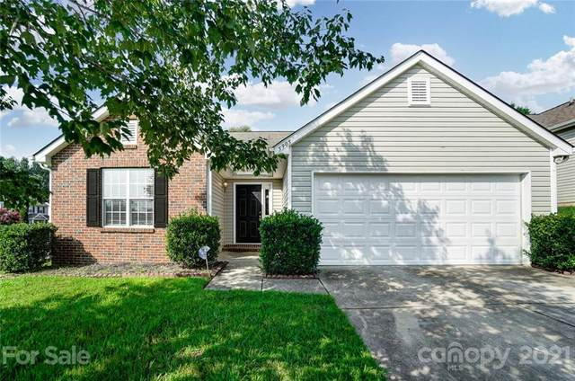 5905 Grove Creek Lane, Charlotte, NC 28273 (#3774269) :: Carver Pressley, REALTORS®